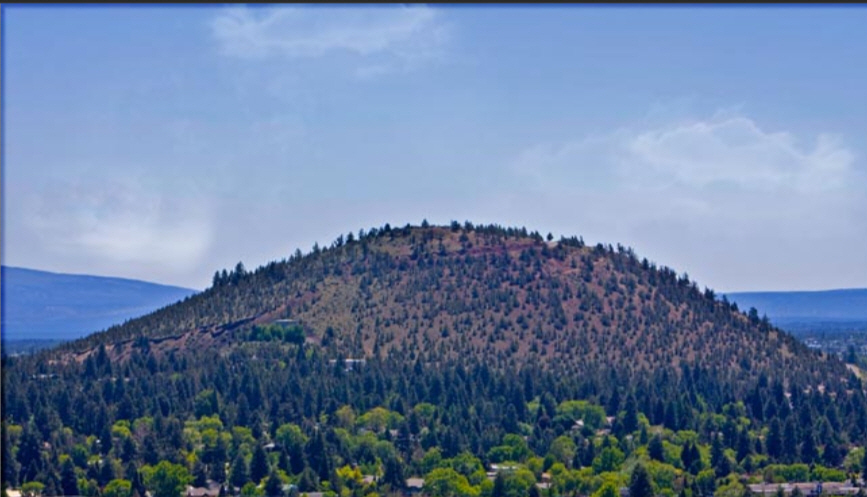This image has an empty alt attribute; its file name is pilot-butte-6.jpg